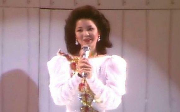 邓丽君在日本演唱会_转贴:邓丽君十五周年巡回演唱会 (84年台北十亿个掌声