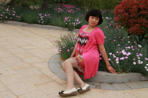 爆操东北熟女_小蜗牛熟女系列1014集 45岁 很有女人味的短发阿姨 50p