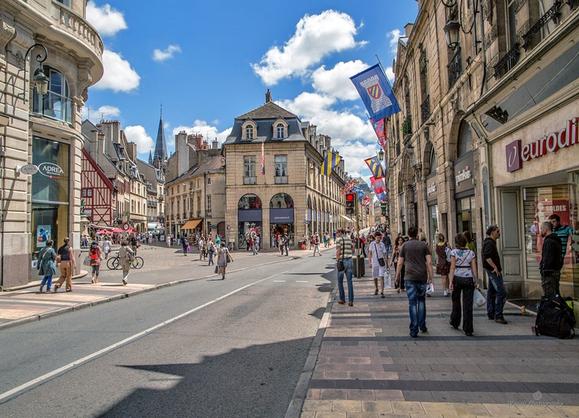 Nina étudiante De 20 Ans Suceuse Toulouse