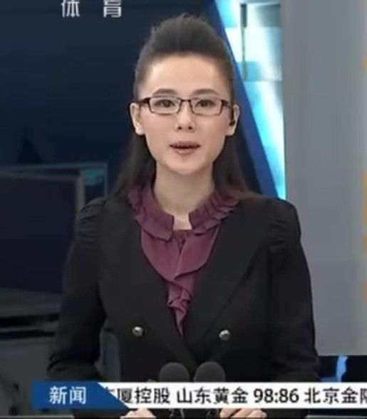 【截圖】【體育晨報】2013年12月12日.主持人楊一圖片