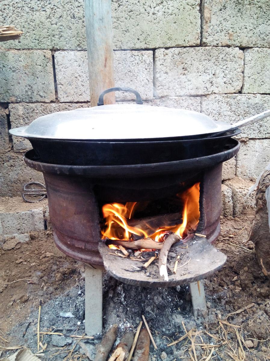 图片:用火煮饭的图片_农村柴火房设计图_农村柴火房设计图分享展示