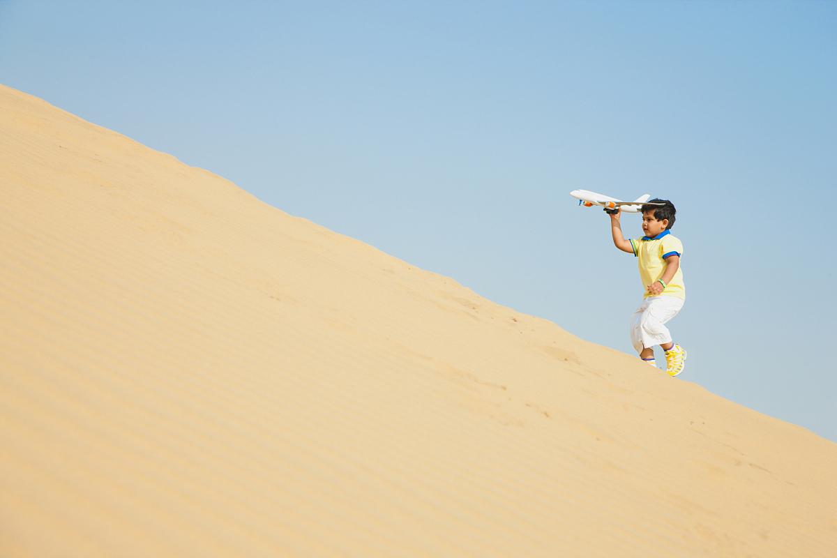 貧瘠的,沙漠,沙子,白晝,干旱地帶,沙丘,童年,拉賈斯坦邦,一個人,兒童圖片