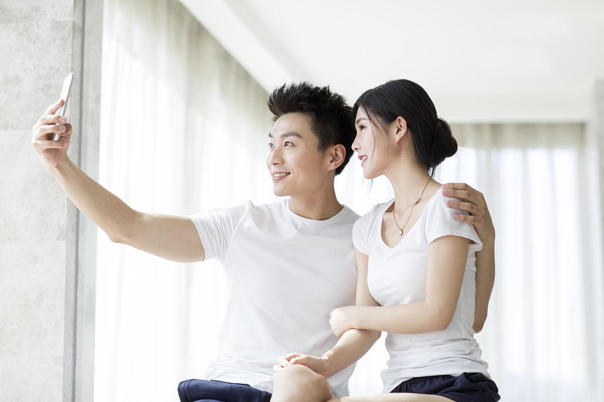 中国大陆夫妻自拍偷拍视频网站_中国夫妻自拍视频a