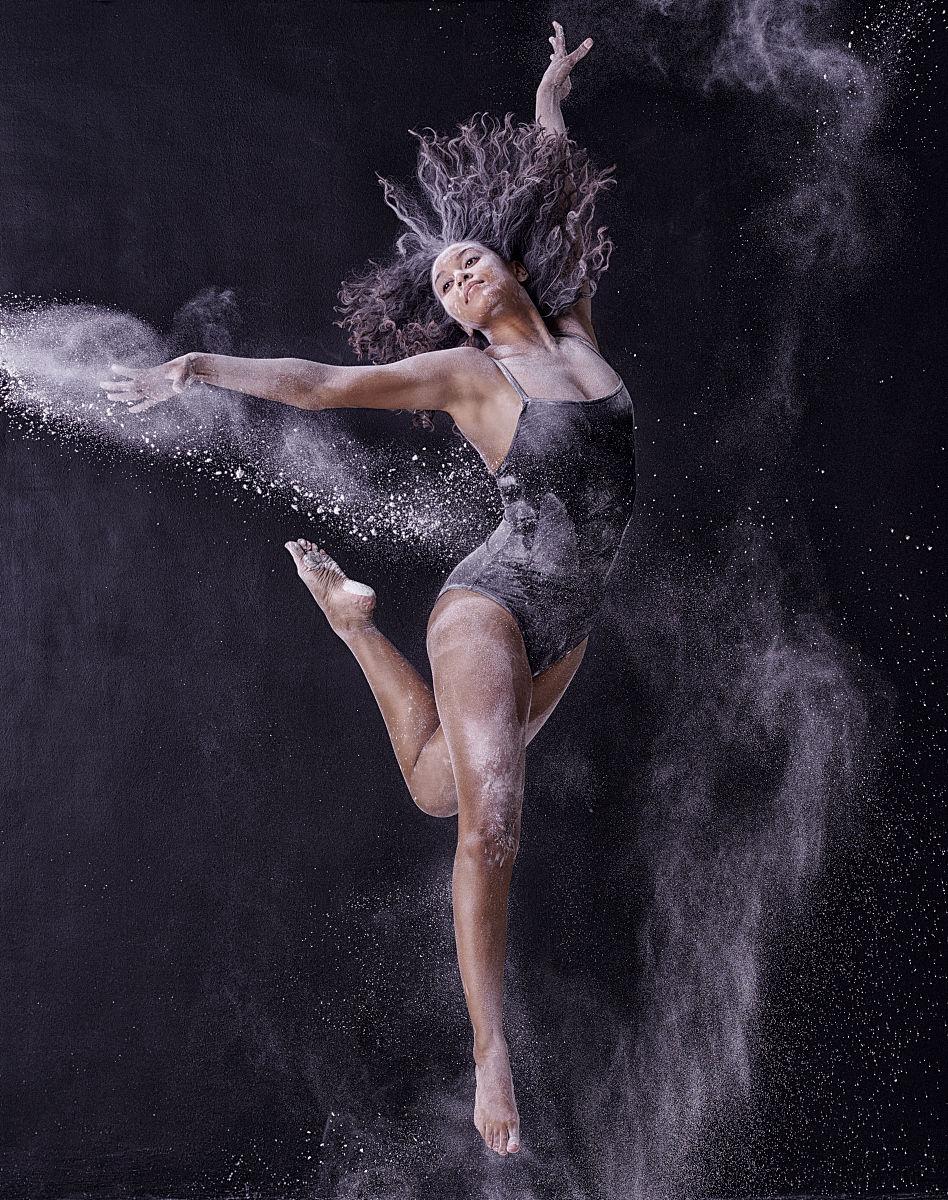 妓女做爱视频超碰超_艺术学院美女为艺术献身私拍裸体骚性舞蹈