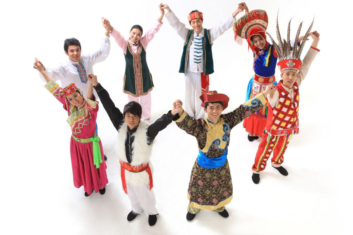 民俗,民族,色彩鮮艷,俄羅斯族,仡佬族,鄂溫克族,鄂倫春族,景頗族,高山圖片