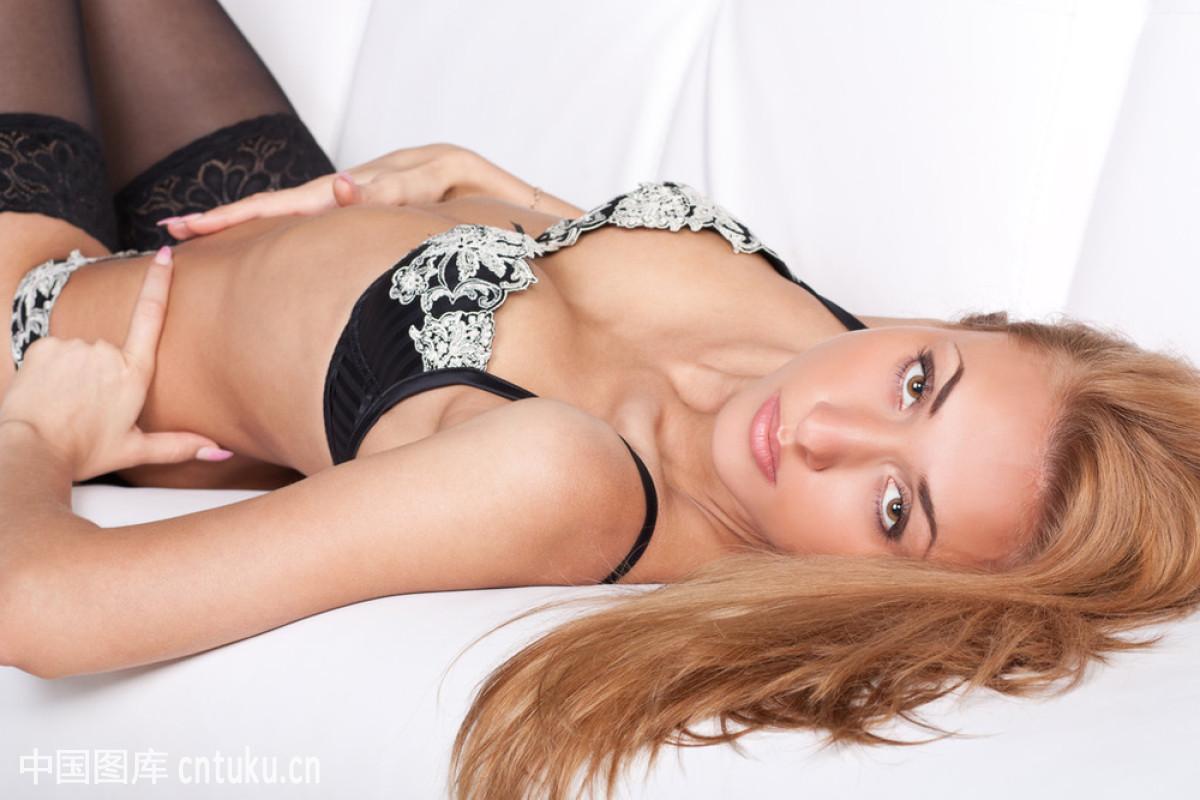 日本色情女_日本女人体艺术图片写真欣赏_国际艺术界