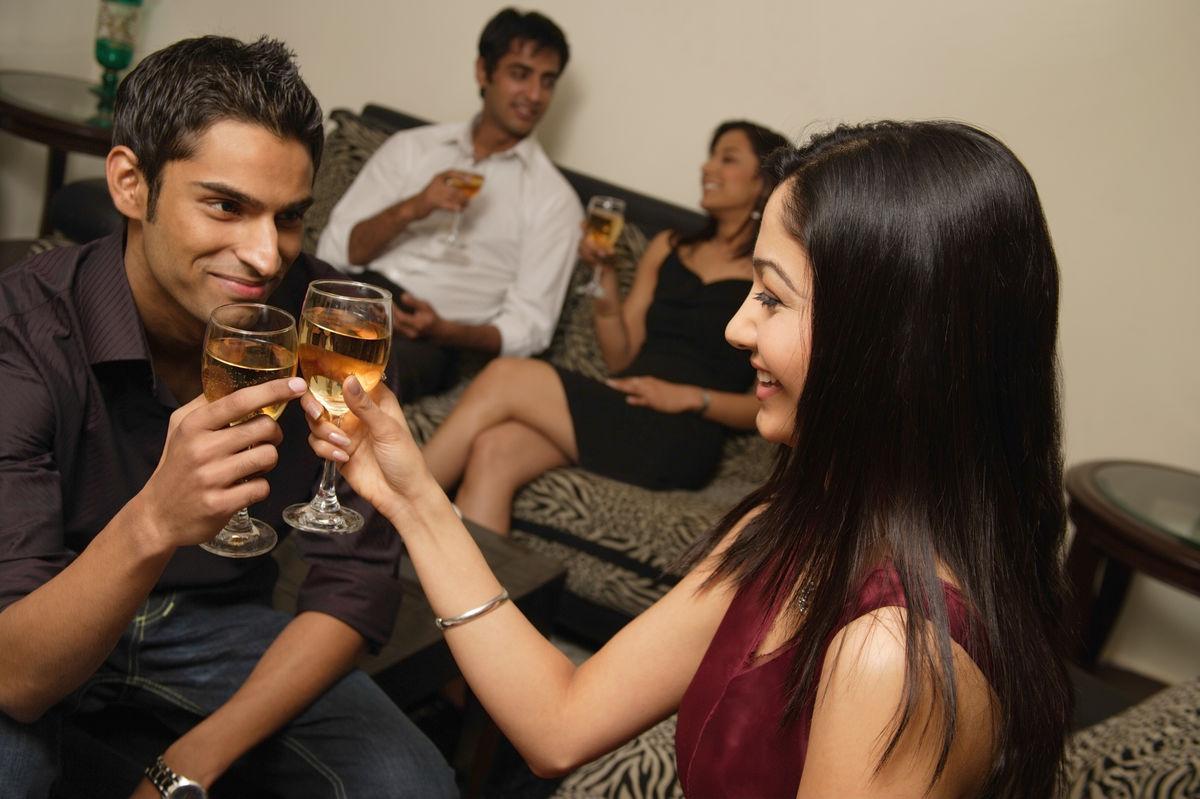 换老婆肏_う_g和朋友换操妻,国内换俱乐部妻,在朋友家玩她老婆,昆明三