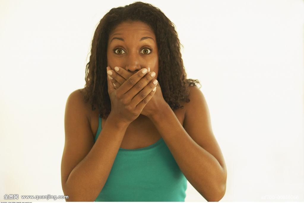 黑人那么大女人��.#y.�_18:38                隔壁黑人又在干他的中国女朋友  隔壁黑人又在