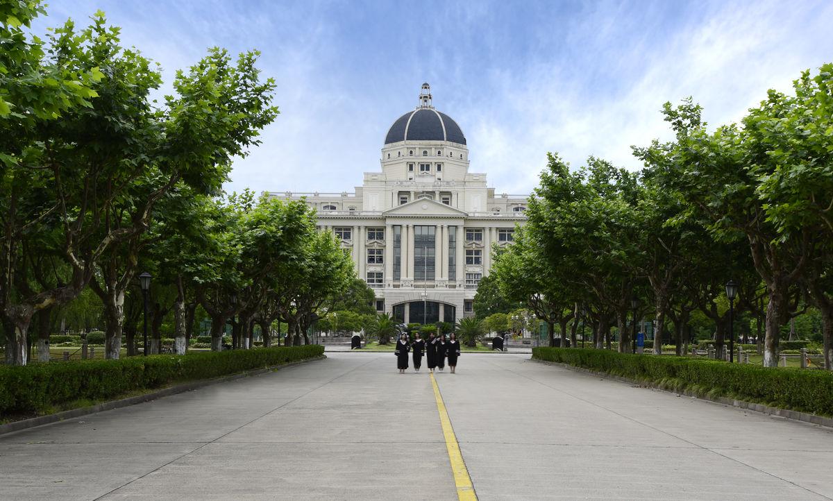 外国教师什么都教_上海外国语大学自考-关于上外自考