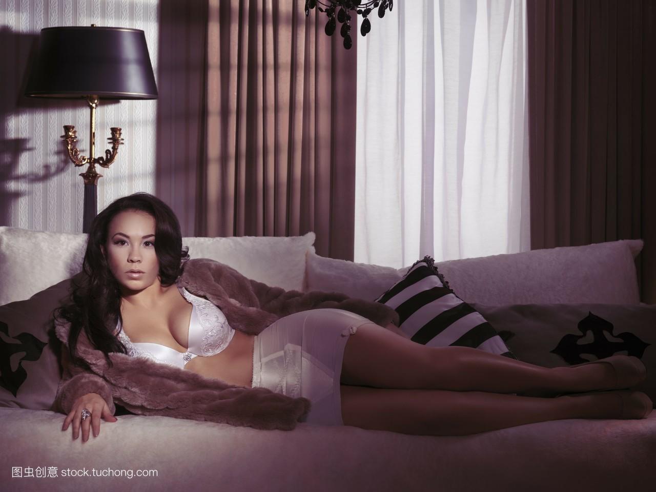 亚洲色情五月天影音_艳照亚洲色图情色激情裸体美女鲍鱼强奸另类黄色小说热情五月天日日.