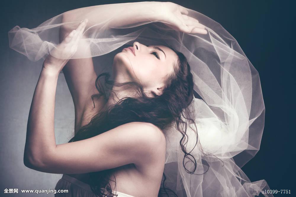 额美情色_女神,仙女,漂亮,年轻,侧面,玩,梦幻,情色,薄纱,毛发,美,美女,头发图片