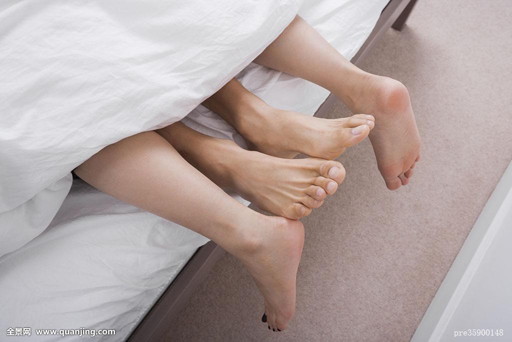 男人和女人性交囹�(�-c_跟女人性交图谱